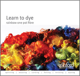 Learn to dye rainbow one pot dyeing fibre